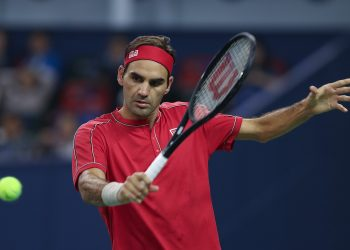 SHANGHAI, CHINA - OCTOBER 11:  Roger Federer of Switzerland in action  against Alexander Zverev of Germany during the Men's singles Quarterfinals match of 2019 Rolex Shanghai Masters day seven at Qi Zhong Tennis Centre  (Photo by Lintao Zhang/Getty Images)