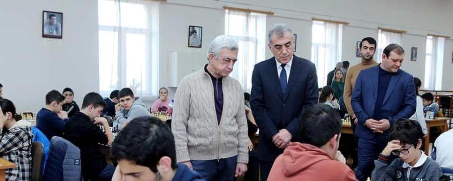 Սերժ Սարգսյանն այցելել է Հայաստանի շախմատի ակադեմիա