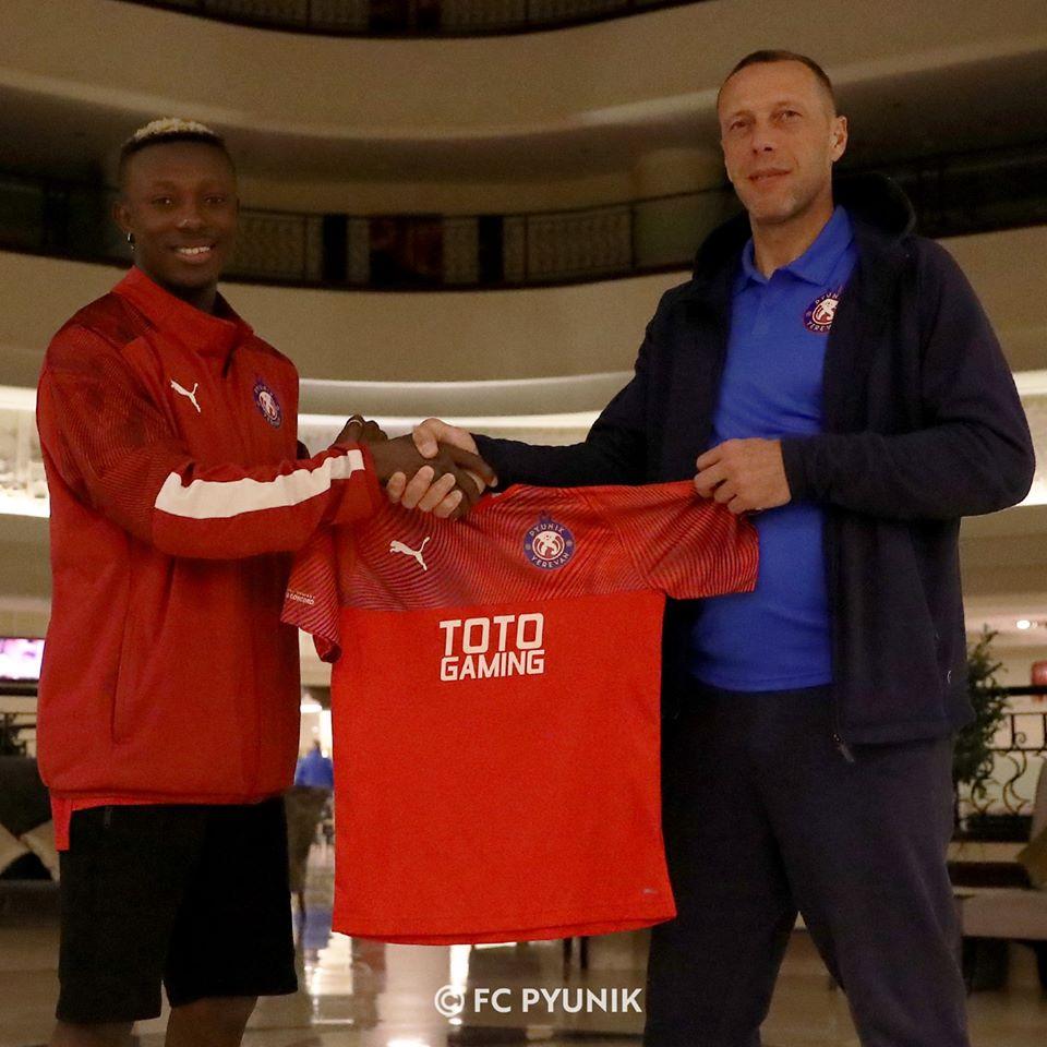 Փյունիկը պայմանագիր է կնքել նիգերիացի ֆուտբոլիստի հետ