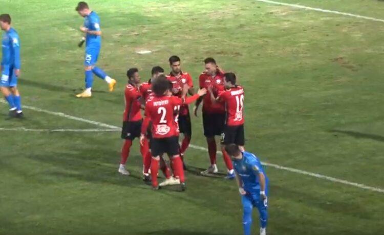 Ադրբեջանցի ֆուտբոլիստի անմարդկային խախտումը, որի հետևանքով կոտրվել է մրցակցի ոտքը (տեսանյութ)