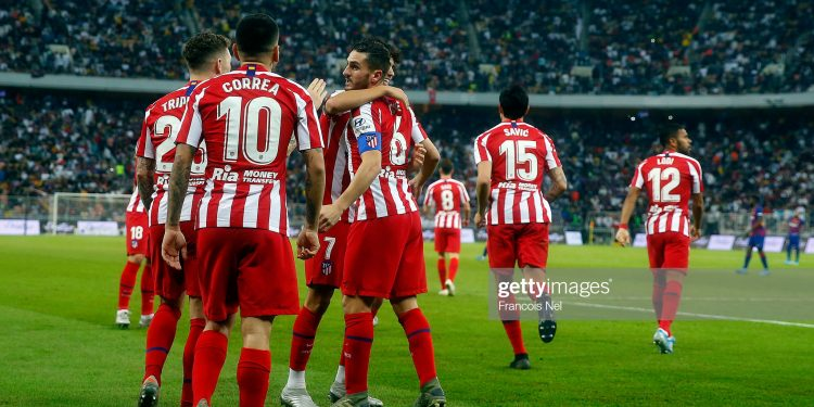 JEDDAH, SAUDI ARABIA - JANUARY 09:  Koke of Athletico Madrid celebrates scoring with team mates during the Supercopa de Espana Semi-Final match between FC Barcelona and Club Atletico de Madrid at King Abdullah Sports City on January 09, 2020 in Jeddah, Saudi Arabia. (Photo by Francois Nel/Getty Images)