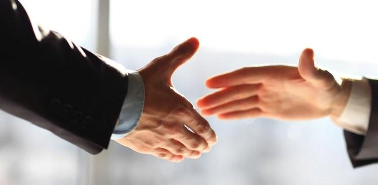 Անգլիական ակումբում արգելել են ձեռքսեղմումները