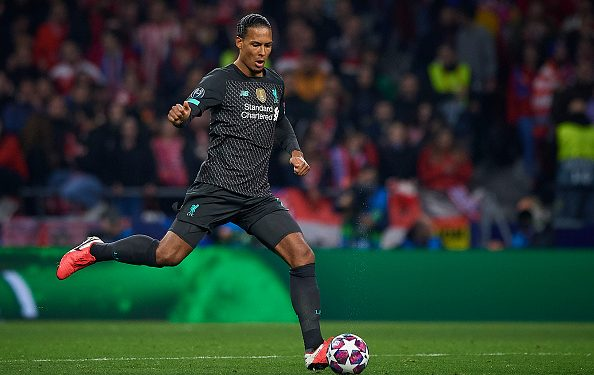 MADRID, SPAIN - FEBRUARY 18: Virgil van Dijk of Liverpool controls the ball during the UEFA Champions League round of 16 first leg match between Atletico Madrid and Liverpool FC at Wanda Metropolitano on February 18, 2020 in Madrid, Spain. (Photo by Pablo Morano/MB Media/Getty Images)