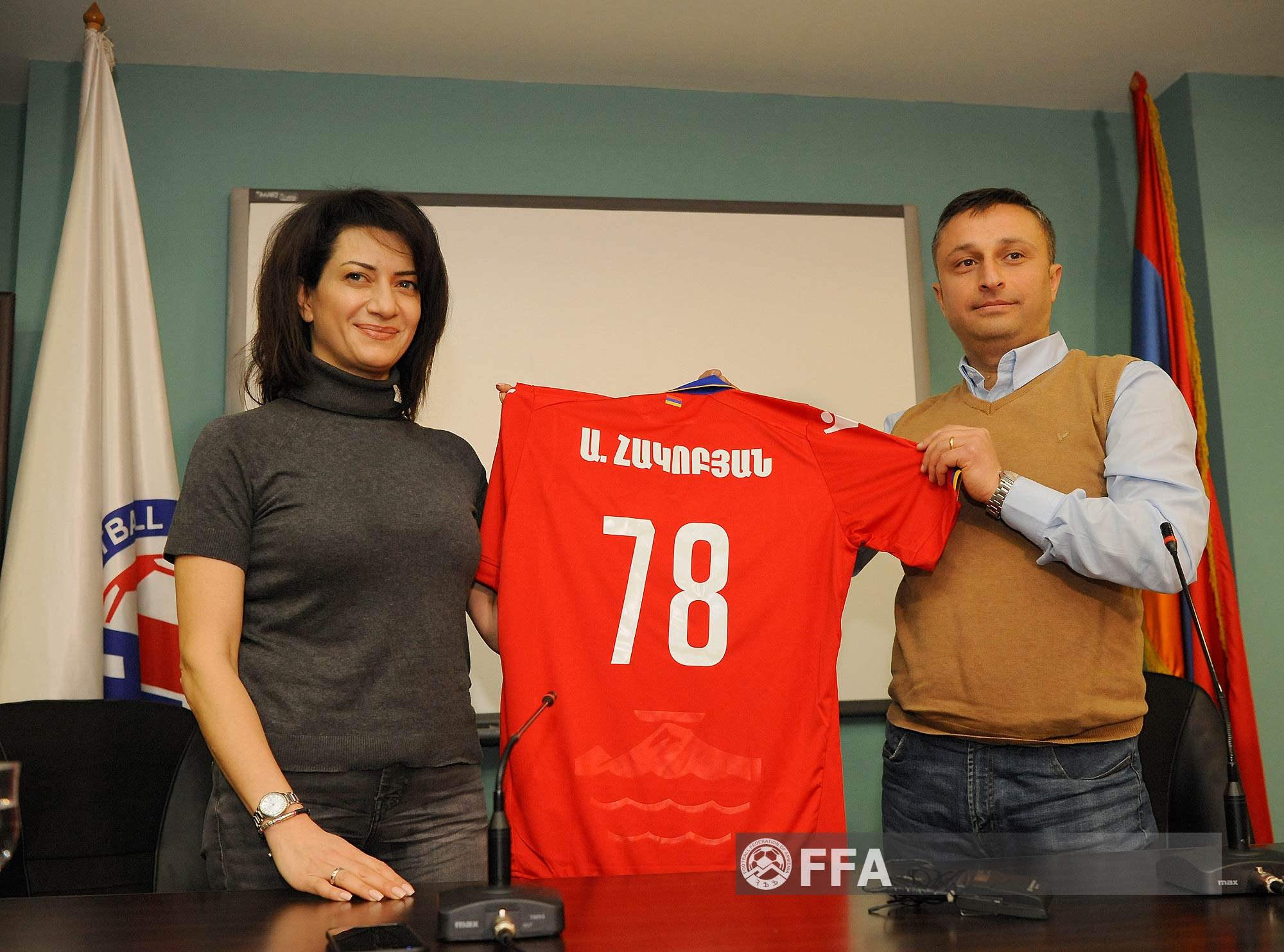 Հայաստանի Հանրապետության վարչապետի տիկին Աննա Հակոբյանն այցելել է ՀՖՖ տեխնիկական կենտրոն