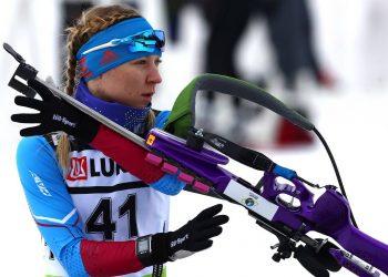 KHANTY-MANSIYSK, RUSSIA – MARCH 16, 2018: Biathlete Yevgenia Pavlova of Russia competes in the women's 7.5km sprint at the 2017/18 Season IBU Biathlon Cup meet in Khanty-Mansiysk. Stanislav Krasilnikov/TASS  Ðîññèÿ. Õàíòû-Ìàíñèéñê. 16 ìàðòà 2018. Ðîññèéñêàÿ ñïîðòñìåíêà Åâãåíèÿ Ïàâëîâà âî âðåìÿ ñïðèíòåðñêîé ãîíêè íà 7,5 êì ñðåäè æåíùèí íà 8-ì ýòàïå Êóáêà Ìåæäóíàðîäíîãî ñîþçà áèàòëîíèñòîâ (IBU). Ñòàíèñëàâ Êðàñèëüíèêîâ/ÒÀÑÑ