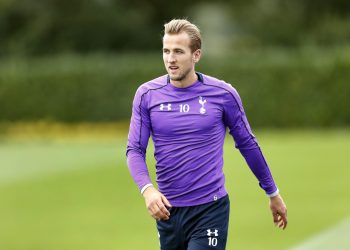 Football - Tottenham Hotspur Training - Tottenham Hotspur Training Ground - 16/9/15 Tottenham's Harry Kane during training Action Images via Reuters / Andrew Boyers Livepic EDITORIAL USE ONLY.
