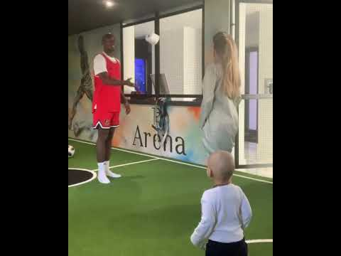 Պոգբայի կինը ցույց է տվել ֆուտբոլային ունակությունները (վիդեո)