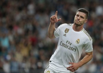 MADRID, SPAIN - SEPTEMBER 25: Luka Jovic of Real Madrid CF celebrates as he thinks he has scored, but goal was disallowed, during the Liga match between Real Madrid CF and CA Osasuna at Estadio Santiago Bernabeu on September 25, 2019 in Madrid, Spain. (Photo by Gonzalo Arroyo Moreno/Getty Images)