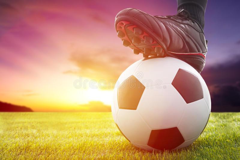 Ֆուտբոլային աշխարհն անմասն չի մնում կորոնավիրուսի դեմ պայքարից
