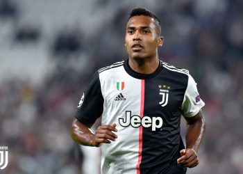 TURIN, ITALY - OCTOBER 01: Alex Sandro of Juventus looks on during the UEFA Champions League group D match between Juventus and Bayer Leverkusen at Juventus Arena on October 01, 2019 in Turin, Italy. (Photo by Giorgio Perottino - Juventus FC/Juventus FC via Getty Images)