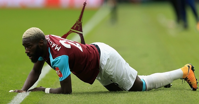 LONDON, ENGLAND - SEPTEMBER 23: Arthur Masuaku of West Ham United reacts during the Premier League match between West Ham United and Tottenham Hotspur at London Stadium on September 23, 2017 in London, England.  (Photo by Stephen Pond/Getty Images)