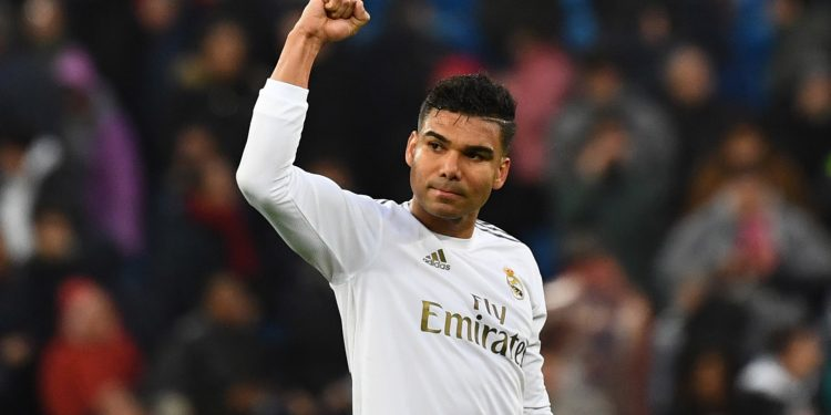 Real Madrid's Brazilian midfielder Casemiro waves to fans at the end of the Spanish league football match between Real Madrid CF and Sevilla FC at the Santiago Bernabeu stadium in Madrid on January 18, 2020. (Photo by GABRIEL BOUYS / AFP) (Photo by GABRIEL BOUYS/AFP via Getty Images)