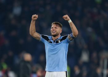 ROME, ITALY - FEBRUARY 16:  Ciro Immobile of SS Lazio celebrates the victory after the Serie A match between SS Lazio and FC Internazionale at Stadio Olimpico on February 16, 2020 in Rome, Italy.  (Photo by Paolo Bruno/Getty Images)