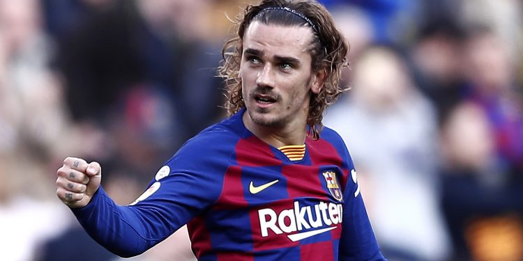 BARCELONA, SPAIN - FEBRUARY 15: Antoine Griezmann of FC Barcelona celebrates after scoring his team's first goal during the La Liga match between FC Barcelona and Getafe CF at Camp Nou on February 15, 2020 in Barcelona, Spain. (Photo by Eric Alonso/Getty Images)