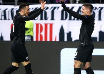 FRANKFURT AM MAIN, GERMANY - NOVEMBER 29: Luka Jovic of Eintracht Frankfurt celebrates after scoring his team's fourth goal with Filip Kostic of Eintracht Frankfurt during the UEFA Europa League Group H match between Eintracht Frankfurt and Olympique de Marseille at Commerzbank-Arena on November 29, 2018 in Frankfurt am Main, Germany.  (Photo by Alex Grimm/Getty Images)