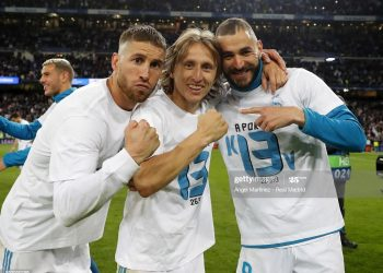 MADRID, SPAIN - MAY 01: (R-L) Karim Benzema, Luka Modric and Sergio Ramos of Real Madrid celebrate after the UEFA Champions League Semi Final Second Leg match between Real Madrid and Bayern Muenchen at Estadio Santiago Bernabeu on May 1, 2018 in Madrid, Spain. (Photo by Angel Martinez/Real Madrid via Getty Images)
