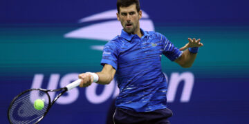 NEW YORK, NEW YORK - SEPTEMBER 01: Novak Djokovic of Serbia returns a shot during his Men's Singles fourth round match against Stan Wawrinka of Switzerland on day seven of the 2019 US Open at the USTA Billie Jean King National Tennis Center on September 01, 2019 in Queens borough of New York City. (Photo by Matthew Stockman/Getty Images)