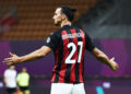 200801 Zlatan Ibrahimovic of Milan celebrates during the Serie A match between Milan and Cagliari on August 1, 2020 in Milano. Photo: Daniele Buffa / Bildbyran fotboll football soccer serie a cagliari milan bbeng jubel PUBLICATIONxNOTxINxSWExNORxAUT Copyright: DANIELExBUFFA BB200801BB521