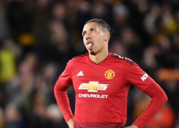 WOLVERHAMPTON, ENGLAND - MARCH 16: Chris Smalling of Manchester United reacts following defeat in the FA Cup Quarter Final match between Wolverhampton Wanderers and Manchester United at Molineux on March 16, 2019 in Wolverhampton, England. (Photo by Michael Regan/Getty Images)