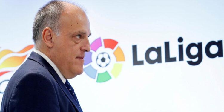 GRAF516. MADRID, 18/01/2019.- El presidente de LaLiga, Javier Tebas, durante la firma de un acuerdo de colaboración con el presidente de la Superliga, Li Yuyi, para desarrollar y potenciar el fútbol, este viernes en Madrid. EFE/Zipi