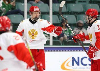 (Photo by Chris Tanouye/HHOF-IIHF Images)