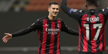 MILAN, ITALY - OCTOBER 29:  Diogo Dalot of AC Milan celebrates his goal with his team-mate Rafael Leao during the UEFA Europa League Group H stage match between AC Milan and AC Sparta Praha at San Siro Stadium on October 29, 2020 in Milan, Italy. (Photo by Emilio Andreoli/Getty Images)