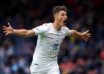 Scotland v Czech Republic - UEFA EURO, EM, Europameisterschaft,Fussball 2020 - Group D - Hampden Park Czech Republic s Patrik Schick celebrates scoring the second goal during the UEFA Euro 2020 Group D match at Hampden Park, Glasgow. Picture date: Monday June 14, 2021. Use subject to restrictions. Editorial use only, no commercial use without prior consent from rights holder. PUBLICATIONxINxGERxSUIxAUTxONLY Copyright: xAndrewxMilliganx 60358271