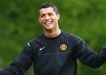 MANCHESTER, ENGLAND - MAY 04:  Cristiano Ronaldo of Manchester United gestures during a training session at the Carrington Training Complex on May 4, 2009 in Manchester, England.  (Photo by Alex Livesey/Getty Images)